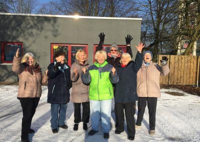 Lachen im Schnee in Hamburg